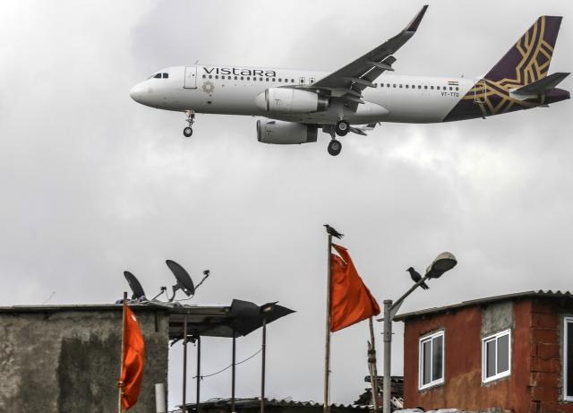 Vistara To Hire Jet Employees: Vistara To Hire 100 Pilots