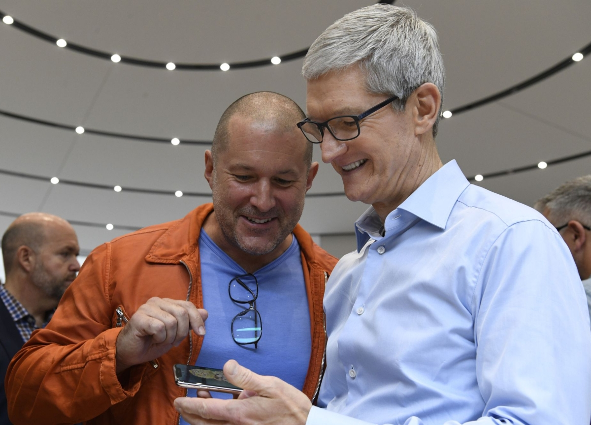 Apple Design Chief Ive Leaving to Form Independent Company