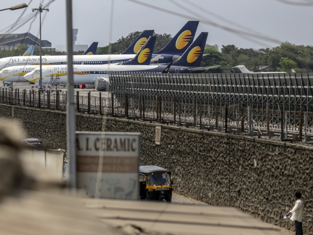 Lenders Decide To Refer Jet Airways For Insolvency Proceedings