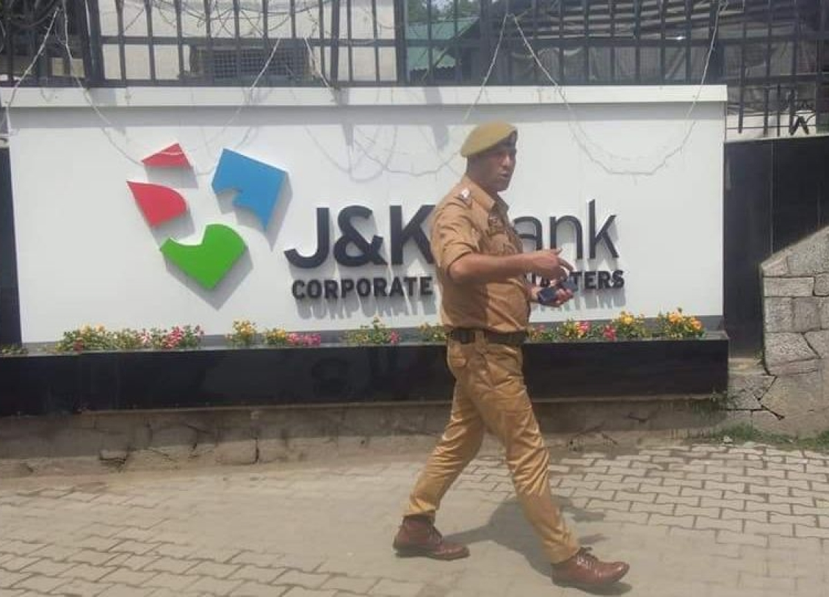 J&K Bank Officials, Realtor Booked For Rs 600-Crore Fraud