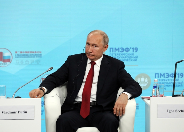 Bloomberg argues U.S. sanctions against Russia are working ...