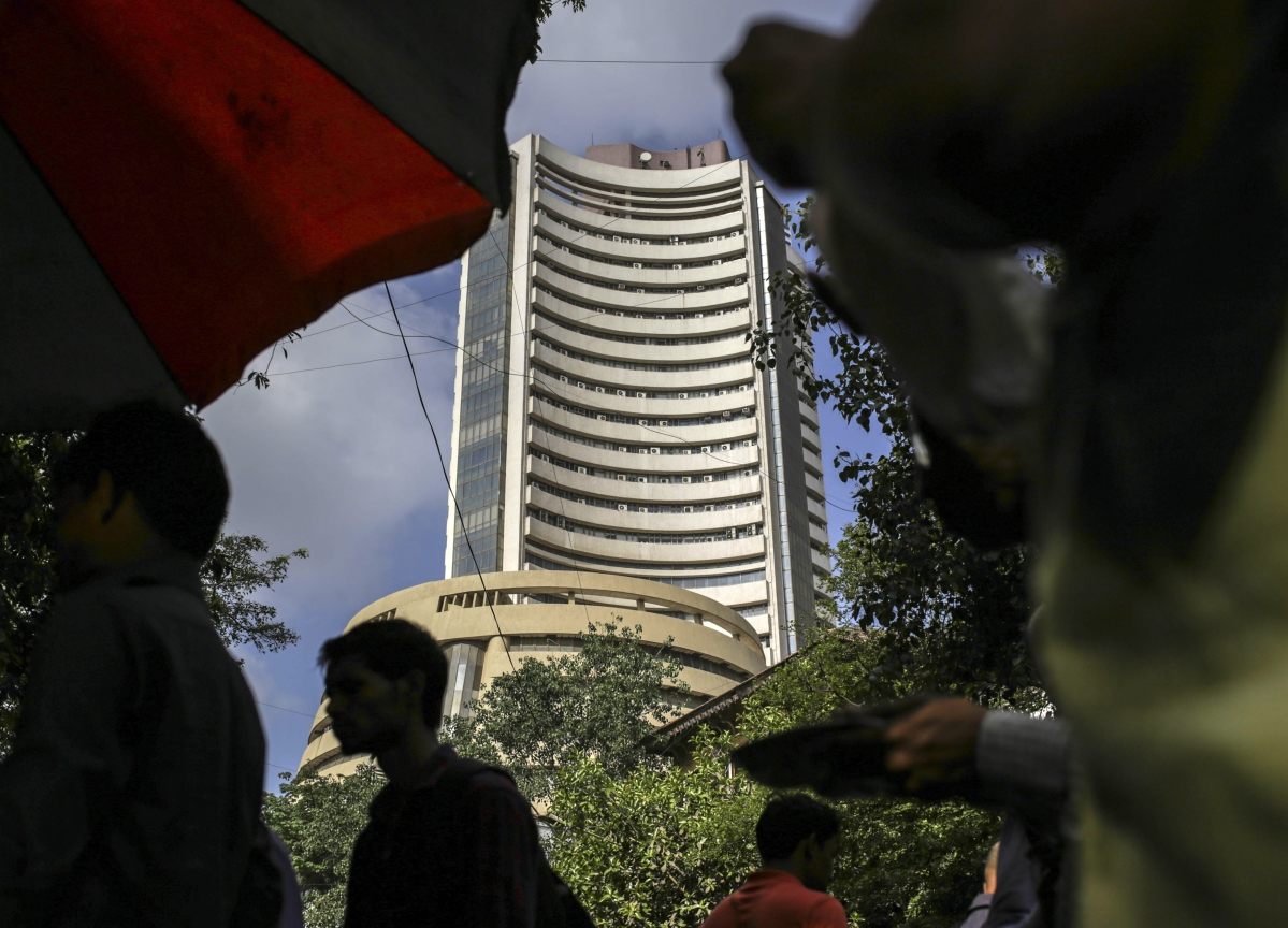 Sensex, Nifty Snap Two-Week Losing Streak