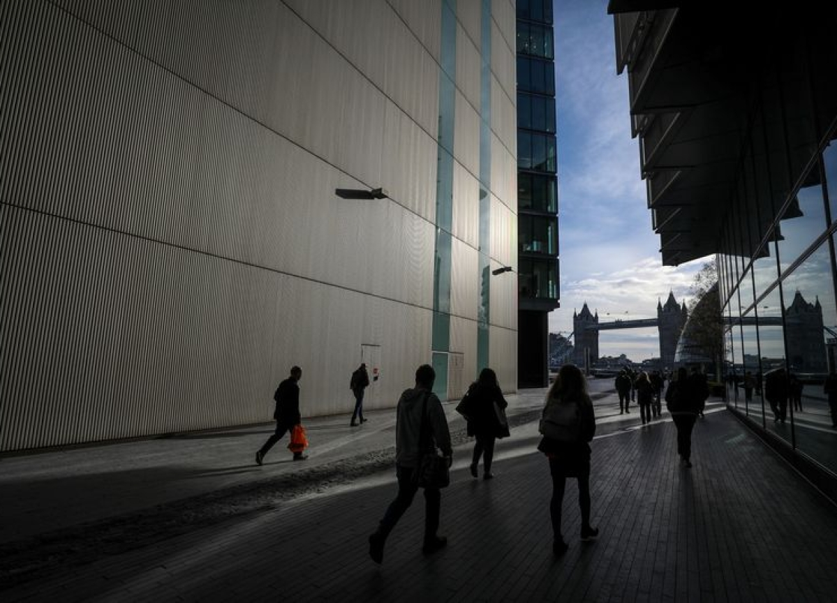 Unprepared U.K. Facing Highest Risk of Recession Since 2007