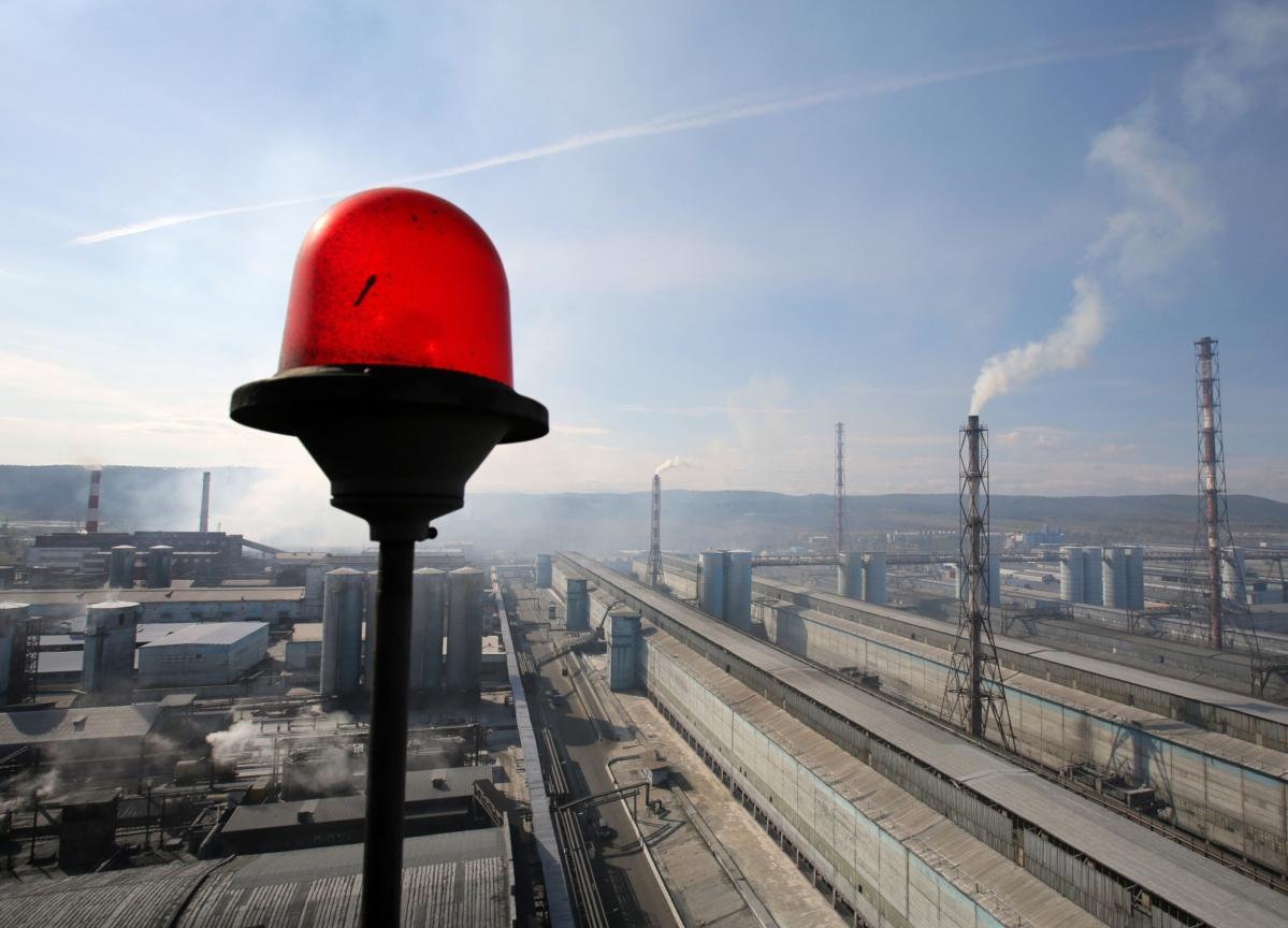 Global Bond Market Sounds Shrillest Alarm Yet Over the Economy
