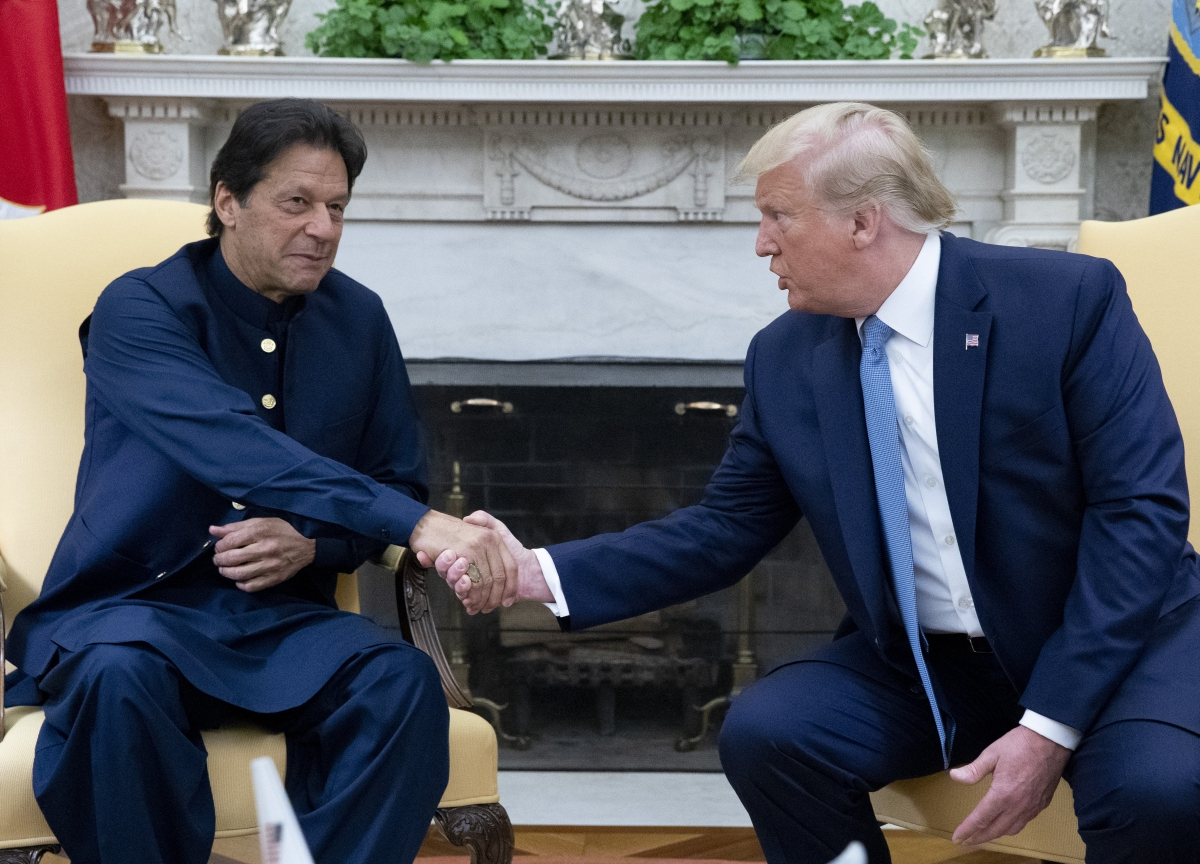 Pakistan Urges U.S. to Do More to Help End the Kashmir Standoff