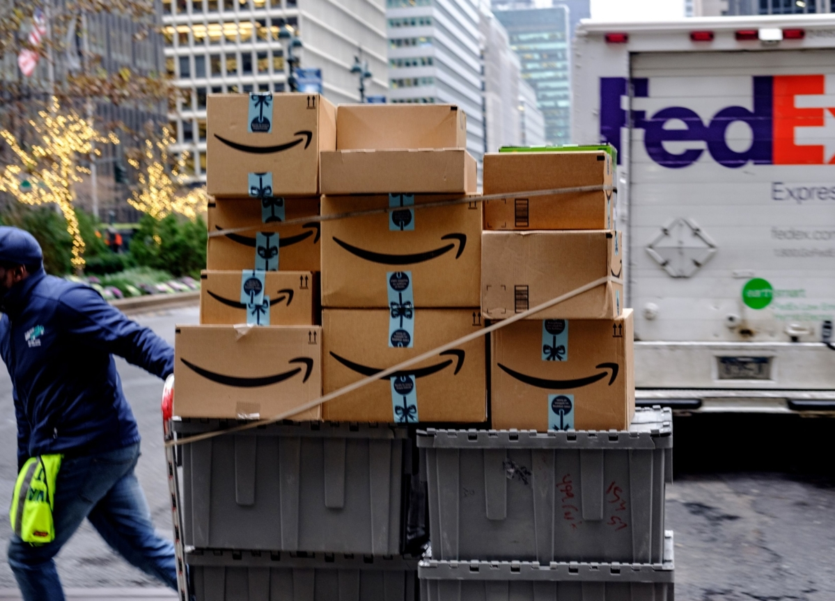 FedEx Ends Ground-Delivery Deal With Amazon