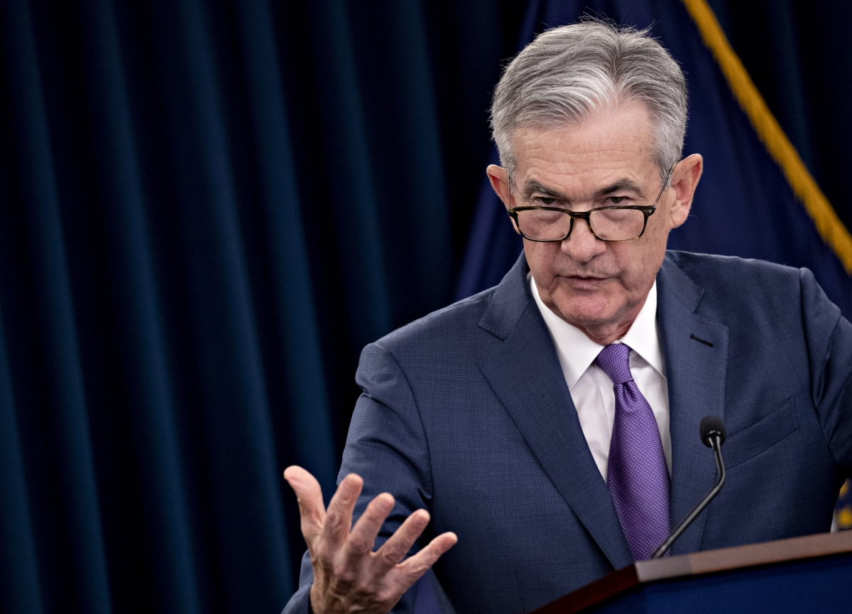 Powell Tested by Bet That Economy Only Needs Modest Easing