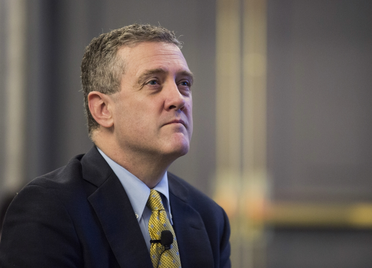 Fed Dove Bullard Says May Need More Rate Cuts to Offset Risks
