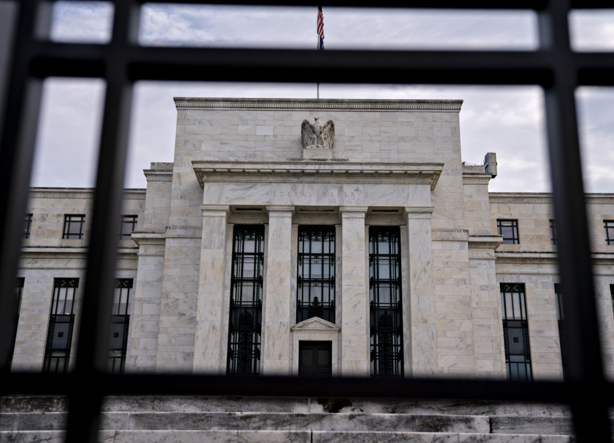 Fed Frets Over Risk, Talks Inch Ahead, Special Report: Eco Day