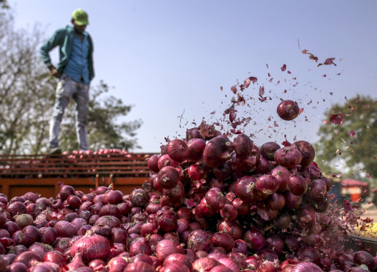 Rising Onion Prices Fueling India Inflation, Not Rates