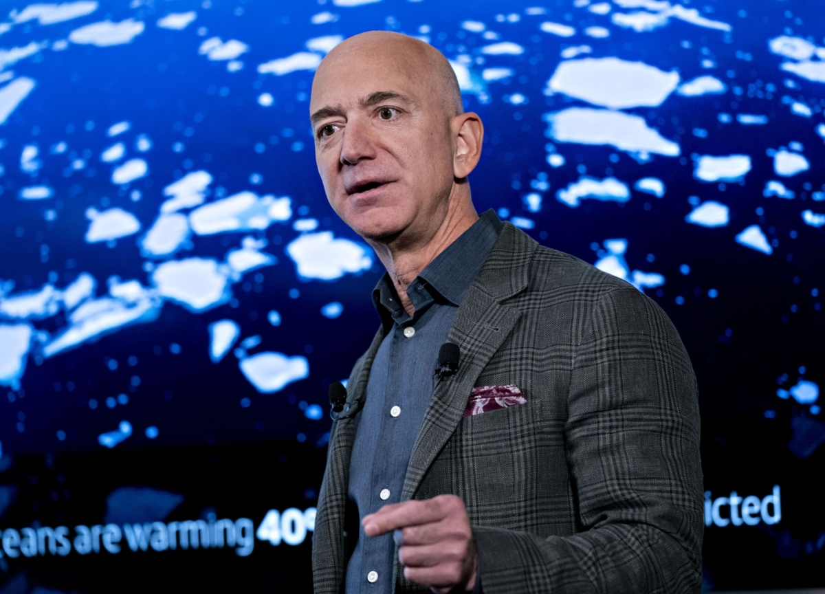 Bezos Is 'Years Behind' Musk in Satellite Race, SpaceX COO Says