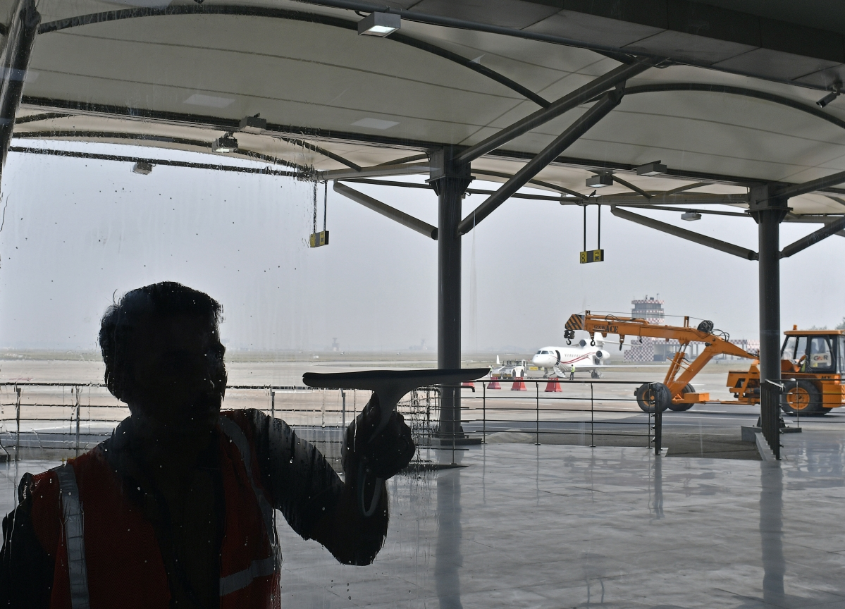 Aeroports de Paris to Buy 49% of India's GMR Airports for About $1.5 Billion