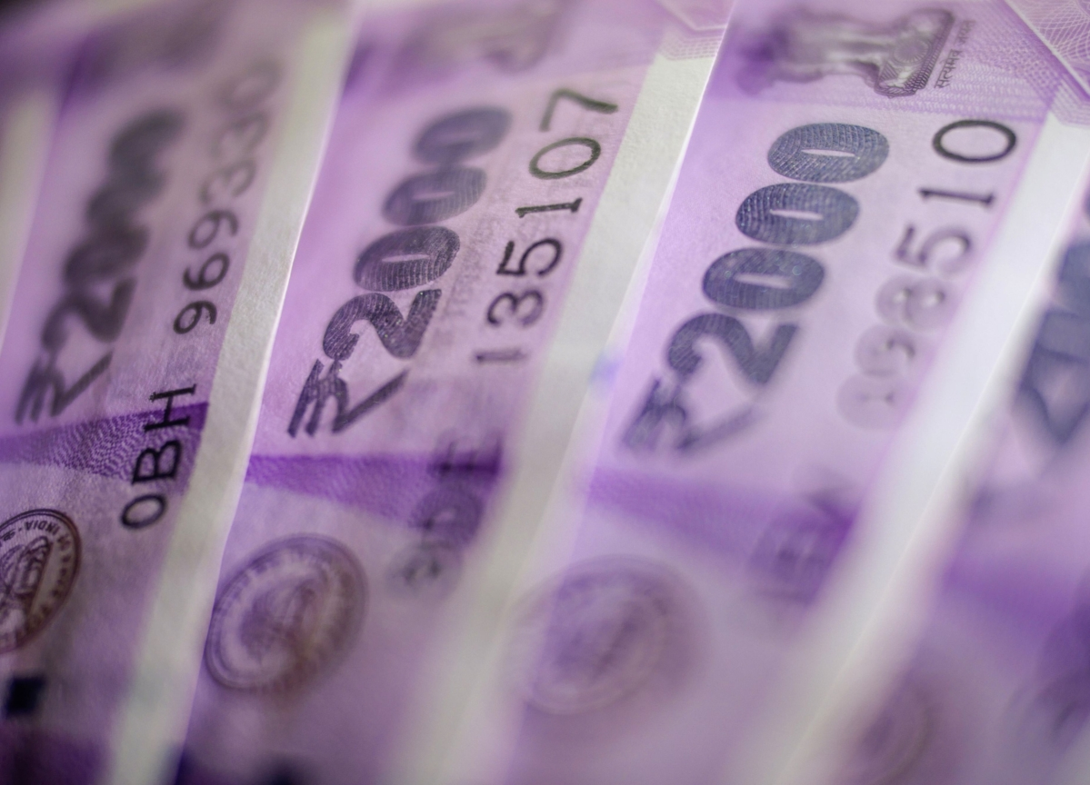 KKR India Sells Over 6 Lakh Shares In HDFC AMC For Rs 167 Crore