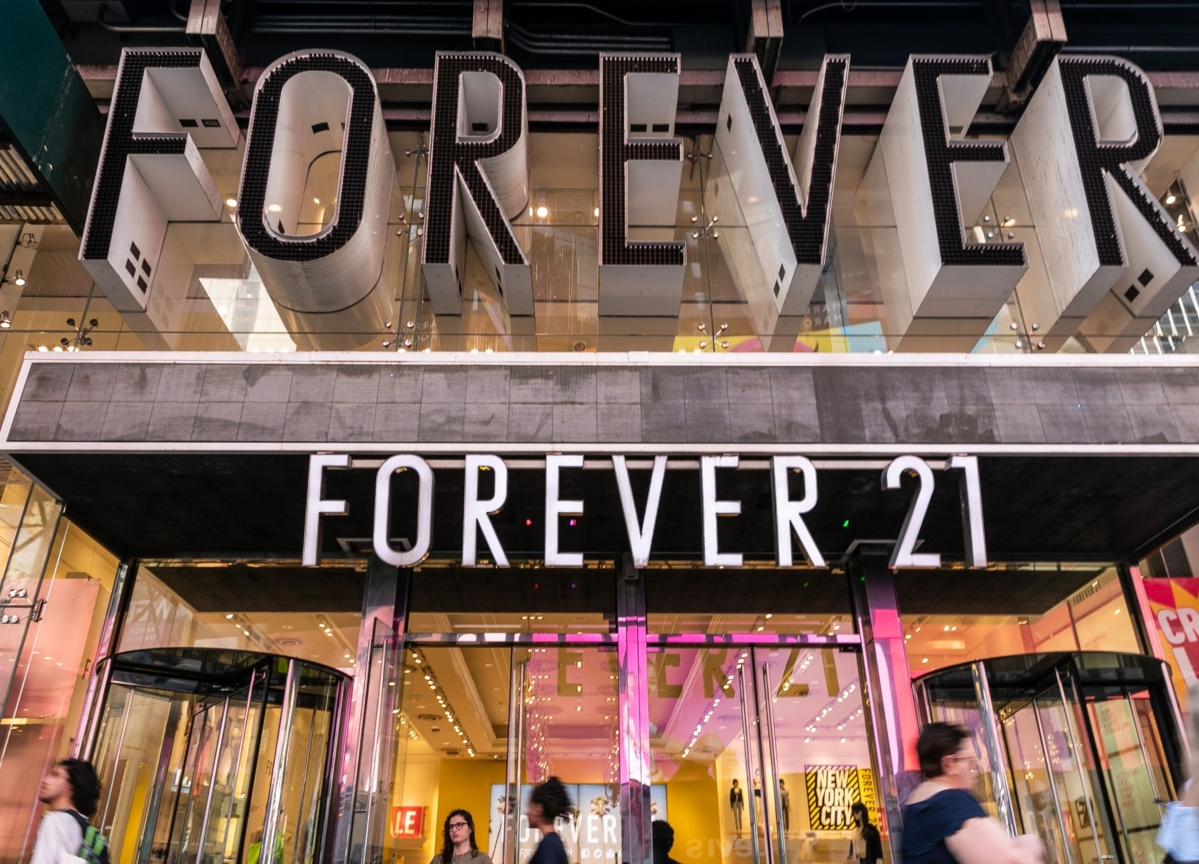 Judge to Approve Forever 21 Sale That Ends Founders' Control