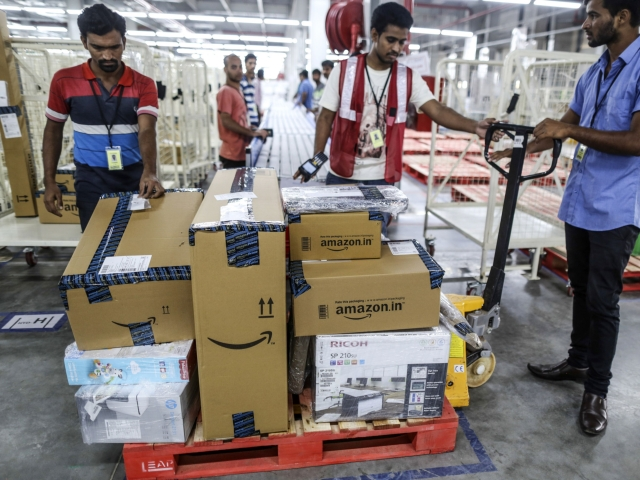 India Examines Creating Regulator To Settle E-Commerce Disputes