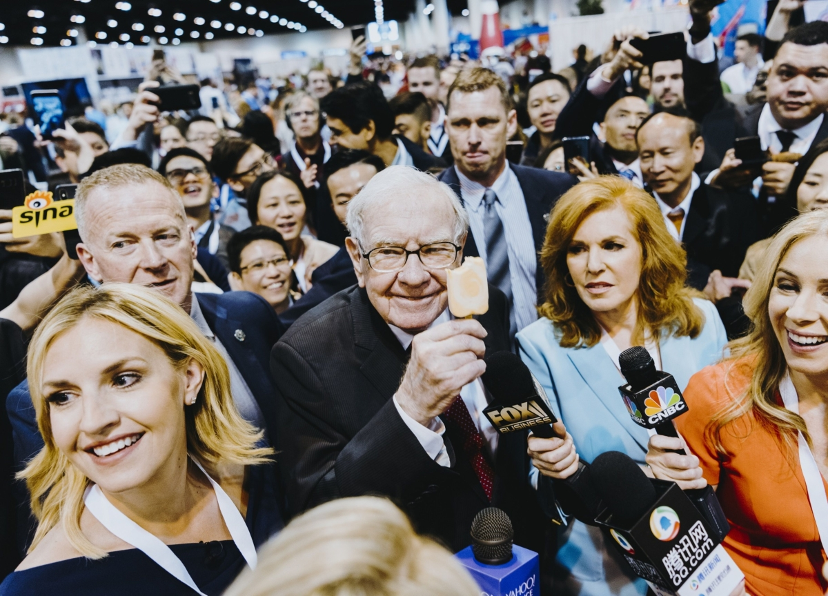 Warren Buffett Poised to Address Missed Deals WithCash Pile Growing