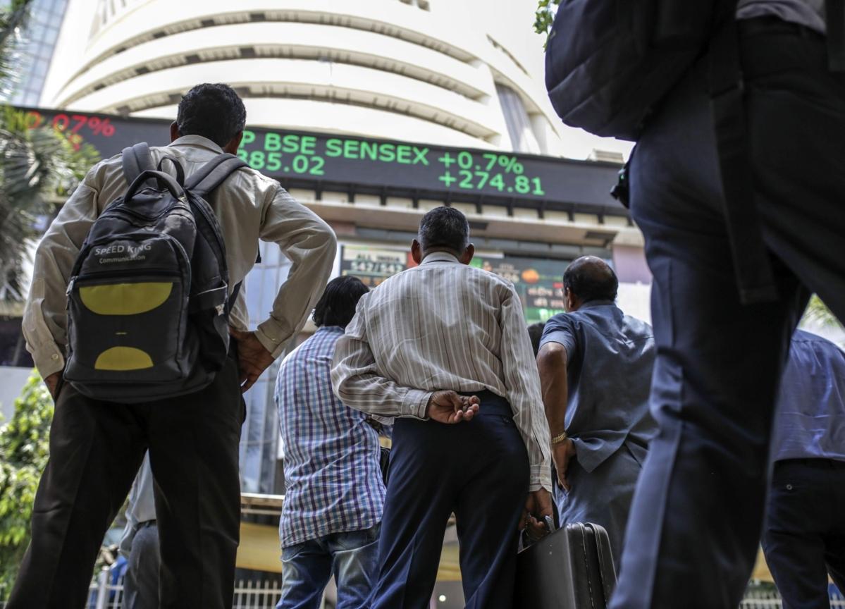 Stocks To Watch: Ashok Leyland, Bank Of Baroda, DLF, Maruti Suzuki, Nestle India, NTPC, Oil India, Piramal Enterprises, Yes Bank
