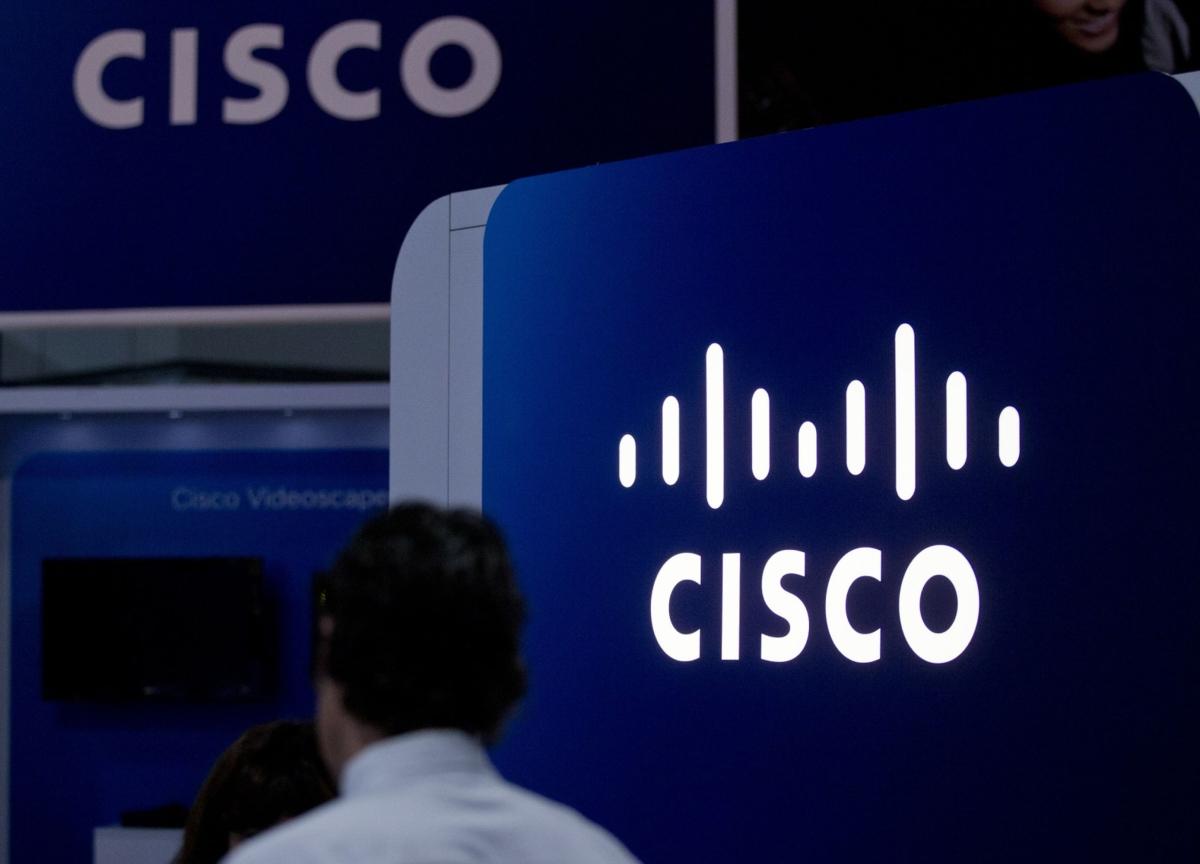 Cisco Sales Forecast Falls Short on Slowing Global Economy