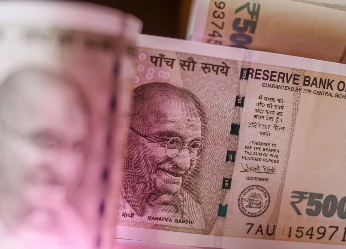 Government Raises Rs 2.79 Lakh Crore Through Divestment In Last 5 Years