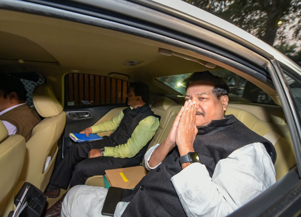 Stable Government In Maharashtra Soon, Says Prithviraj  Chavan After Congress-NCP Meet