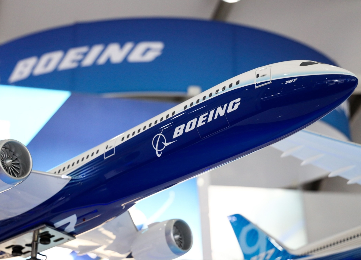 Boeing Pitches Stopgap Deal to Win Qantas Order for Delayed 777X