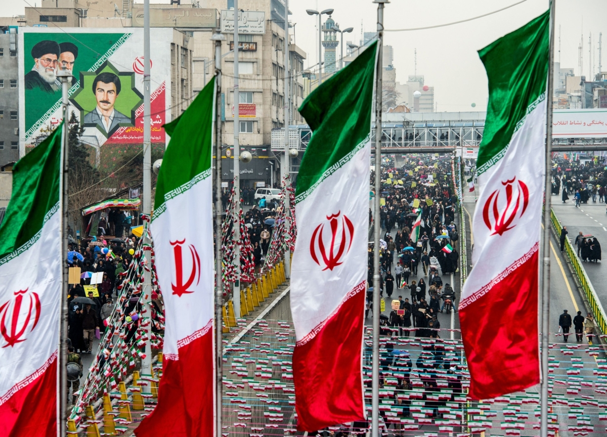 Hundreds Detained as Iran Rulers Clamp Down on Fuel Protests