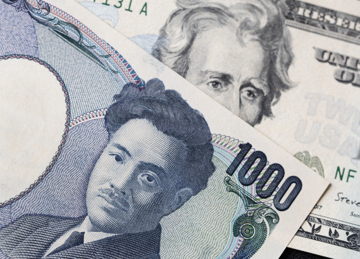 BOJ Looks 'Almost Powerless' to Keep Yen From Hitting 100
