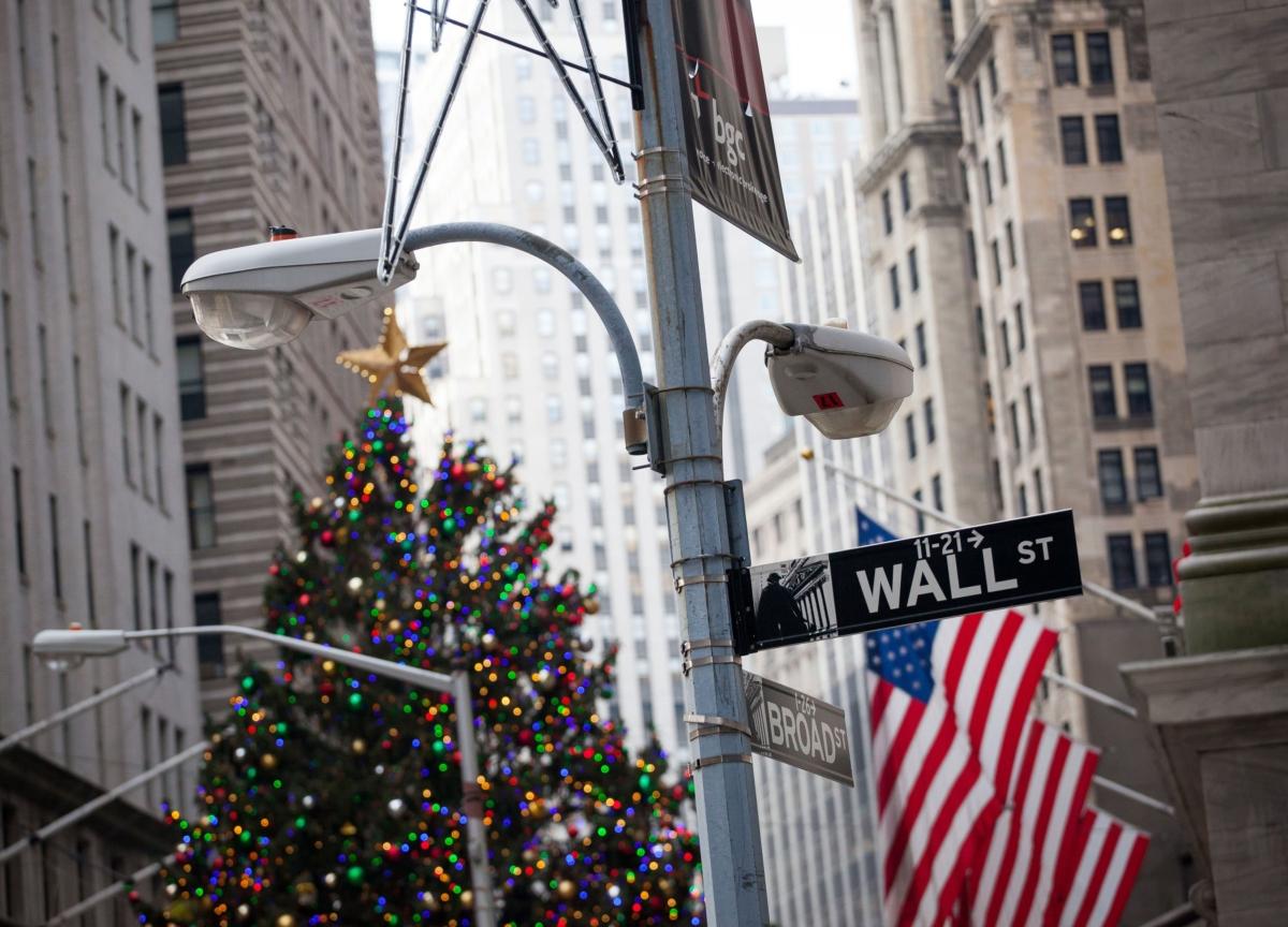 Wall Street Seeks the Right Metaphor for the Virus Meltdown