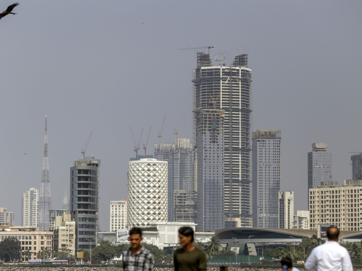 SEBI Eases Fund-Raising Rules For REIT, InvIT Sponsors