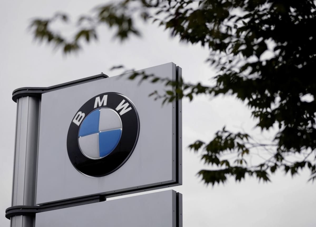 BMW Bets on New EV to Reclaim Crownin Entry-Level Luxury Sedans