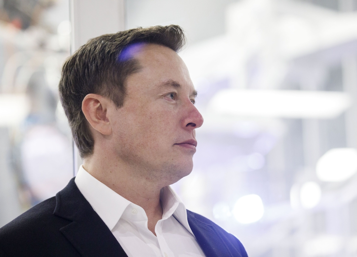 Musk Keeps Tesla Open in Midst of Lockdown, Downplays Risk