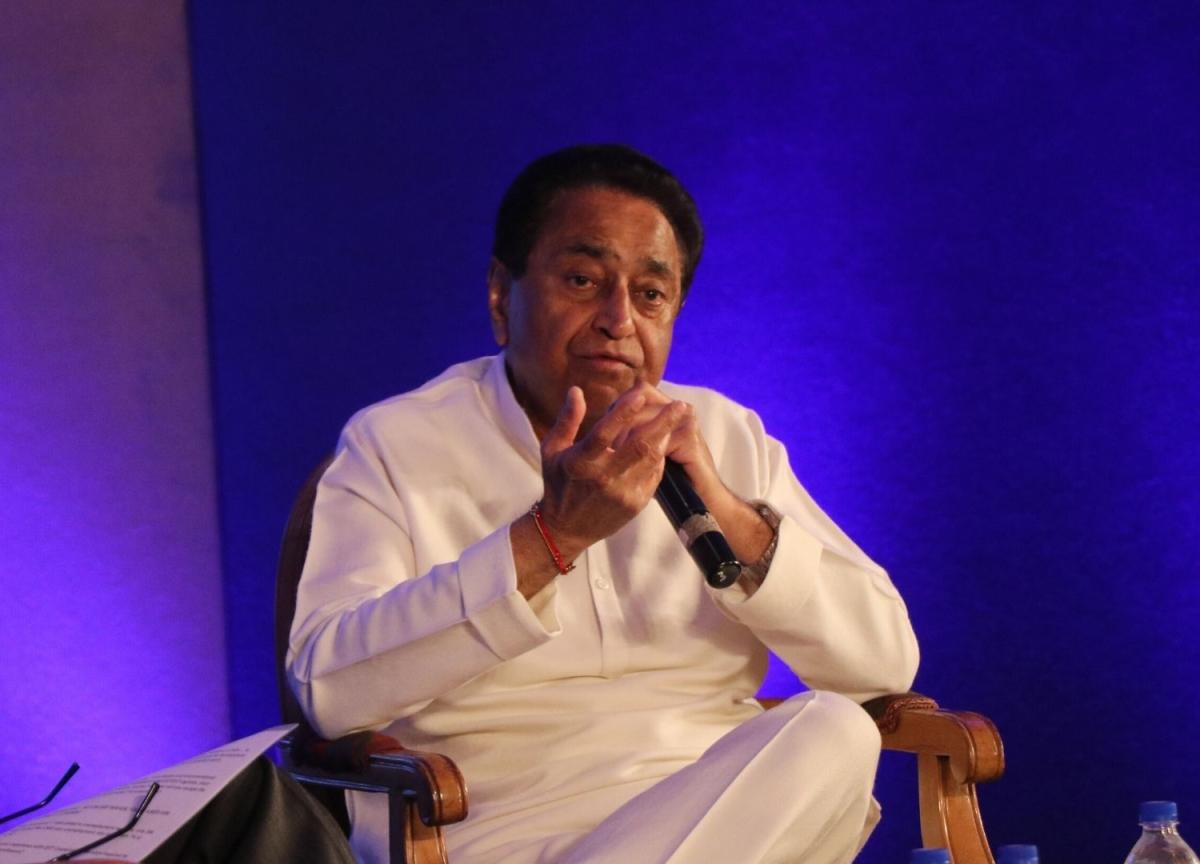 Madhya Pradesh Politics: Supreme Court Seeks Government's Response  On Plea Seeking Floor Test