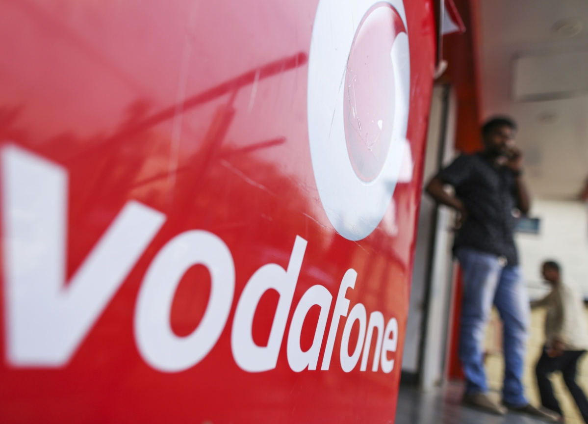 AGR Dues: Supreme Court Rejects Vodafone's Proposal To Pay Rs 2,500 Crore Today
