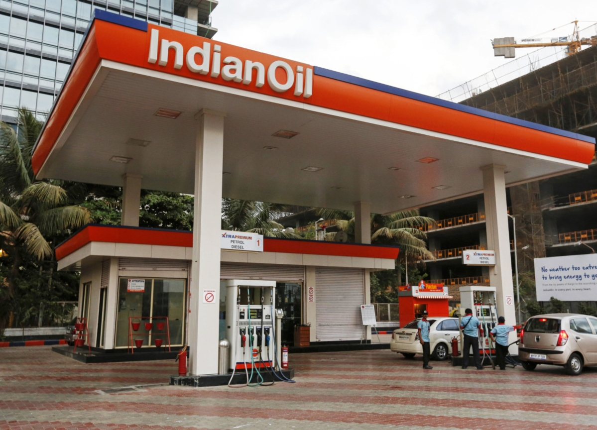 Indian Oil Cuts Refinery Output As Fuel Demand Evaporates