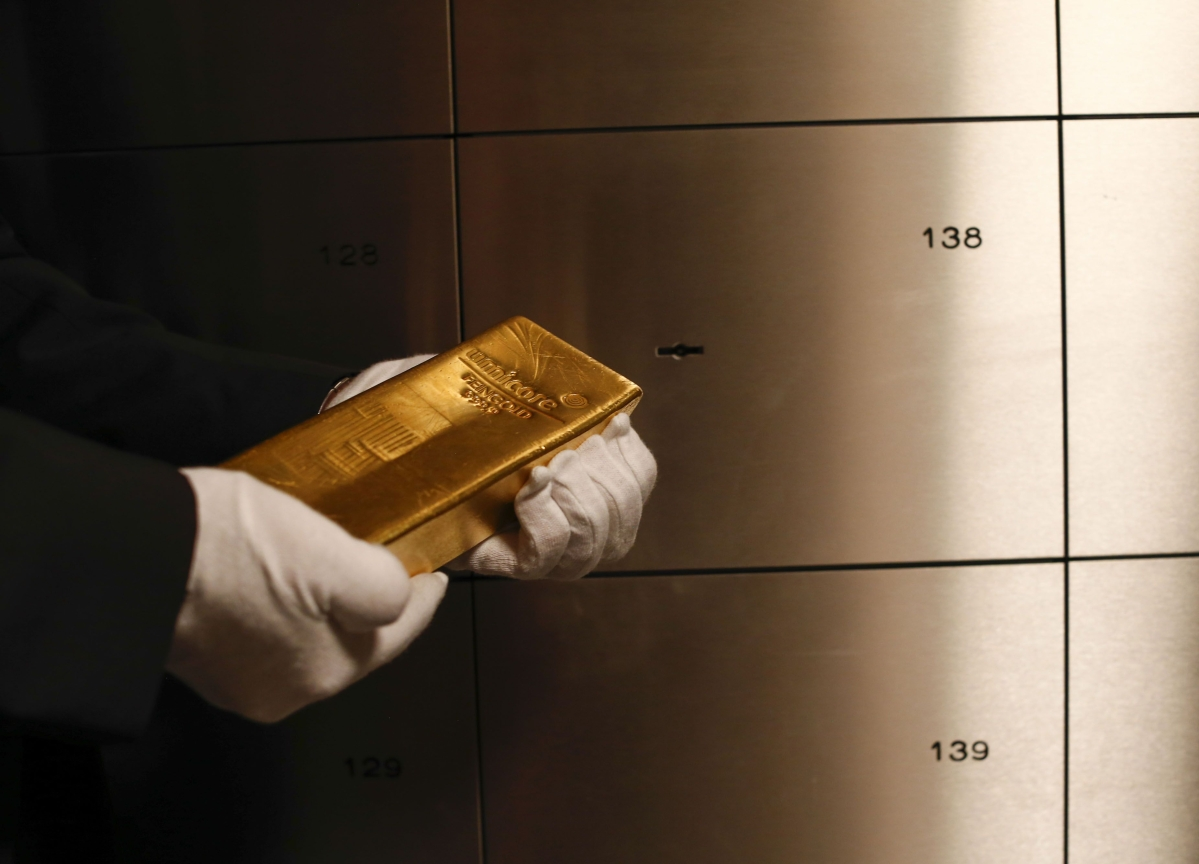 Investors Hunting Liquidity Are Selling Gold to Ride Out Turmoil