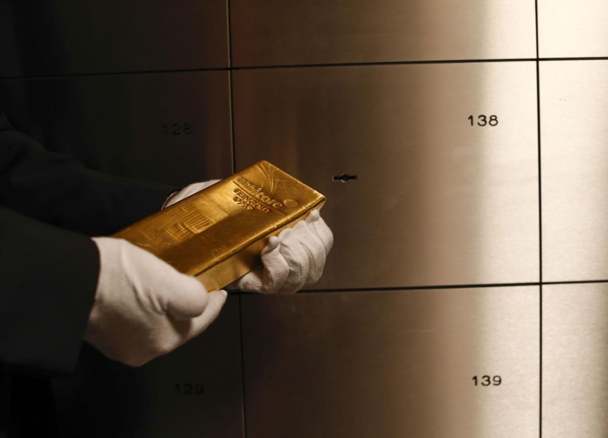 Inflows Into Gold ETFs Jump To Highest Since 2008 Amid Market Turmoil