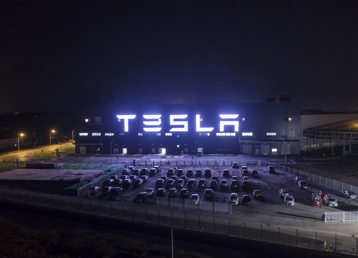 Tesla Rival Sets Out to Banish 160-Year-Old Lead Tech From Cars