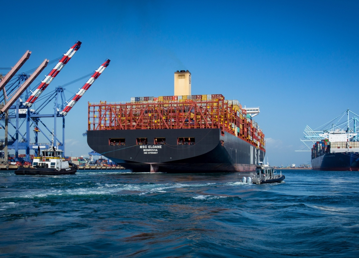 Biggest U.S. Port Sees Coronavirus Drag Through Most of 2020