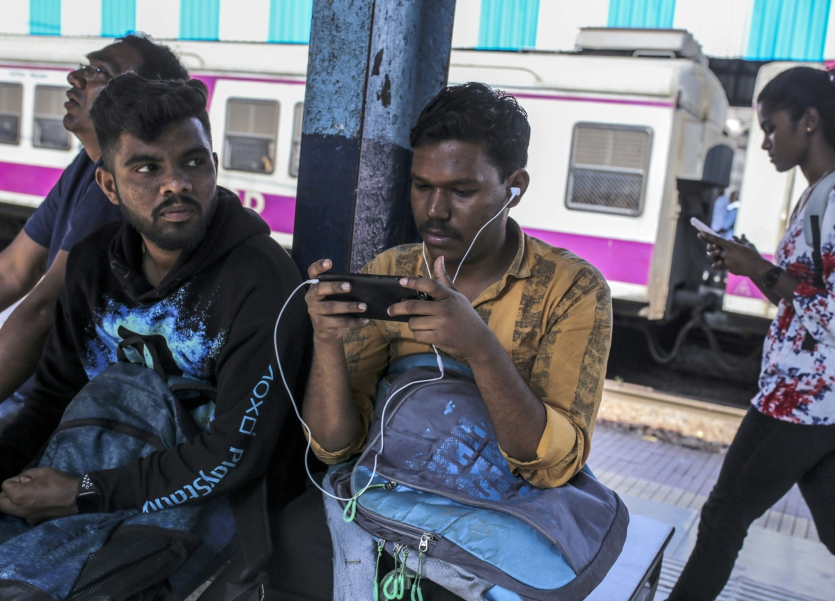 RailTel To Continue Offering Free WiFi At Railway Stations As Google Winds Down Business
