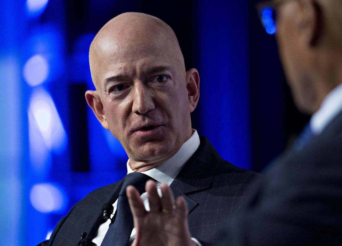 Amazon's Bezos Tells Workers Coronavirus Will 'Get Worse'