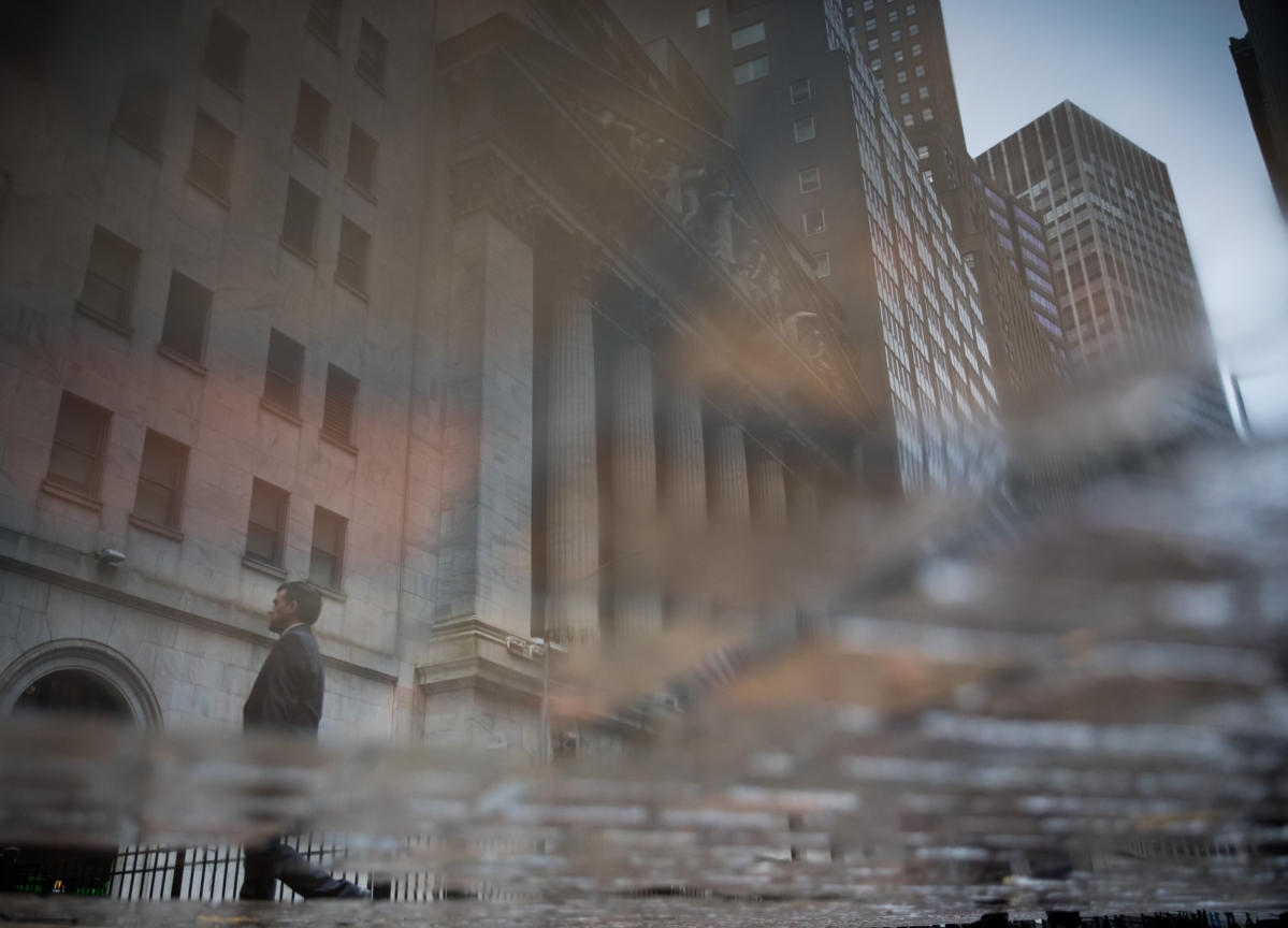 Five Hundred Points in 45 Minutes: Dow Close Runs Street Ragged