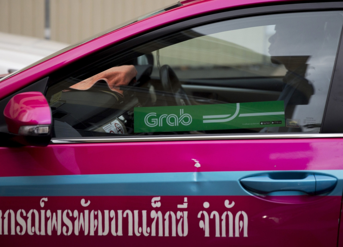 Masa and His Bankers Grab a Shared Ride