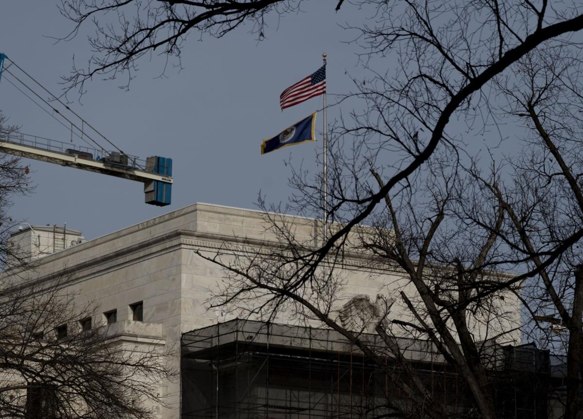 What the Coronavirus Demands of the Fed