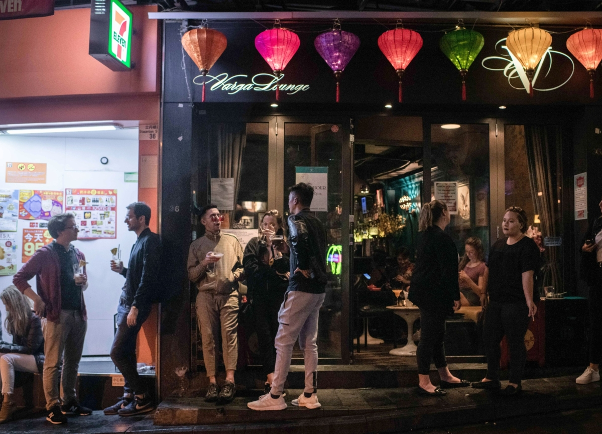 Hong Kong Booze Ban May Wipe Out Thousands of Bars and Restaurants