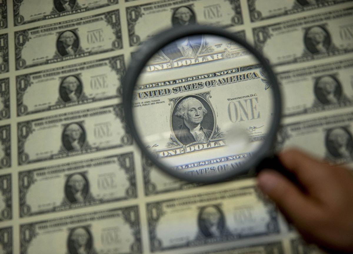 Rescue Pledge Triggers Biggest Treasury Bond Rout Since 1982