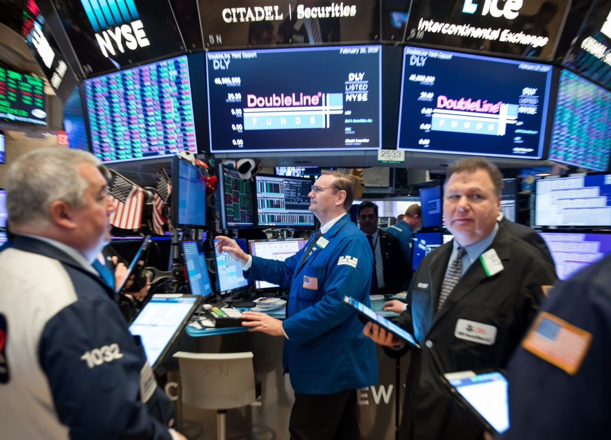 Stocks Rise for Second Day With Stimulus in Sight: Markets Wrap