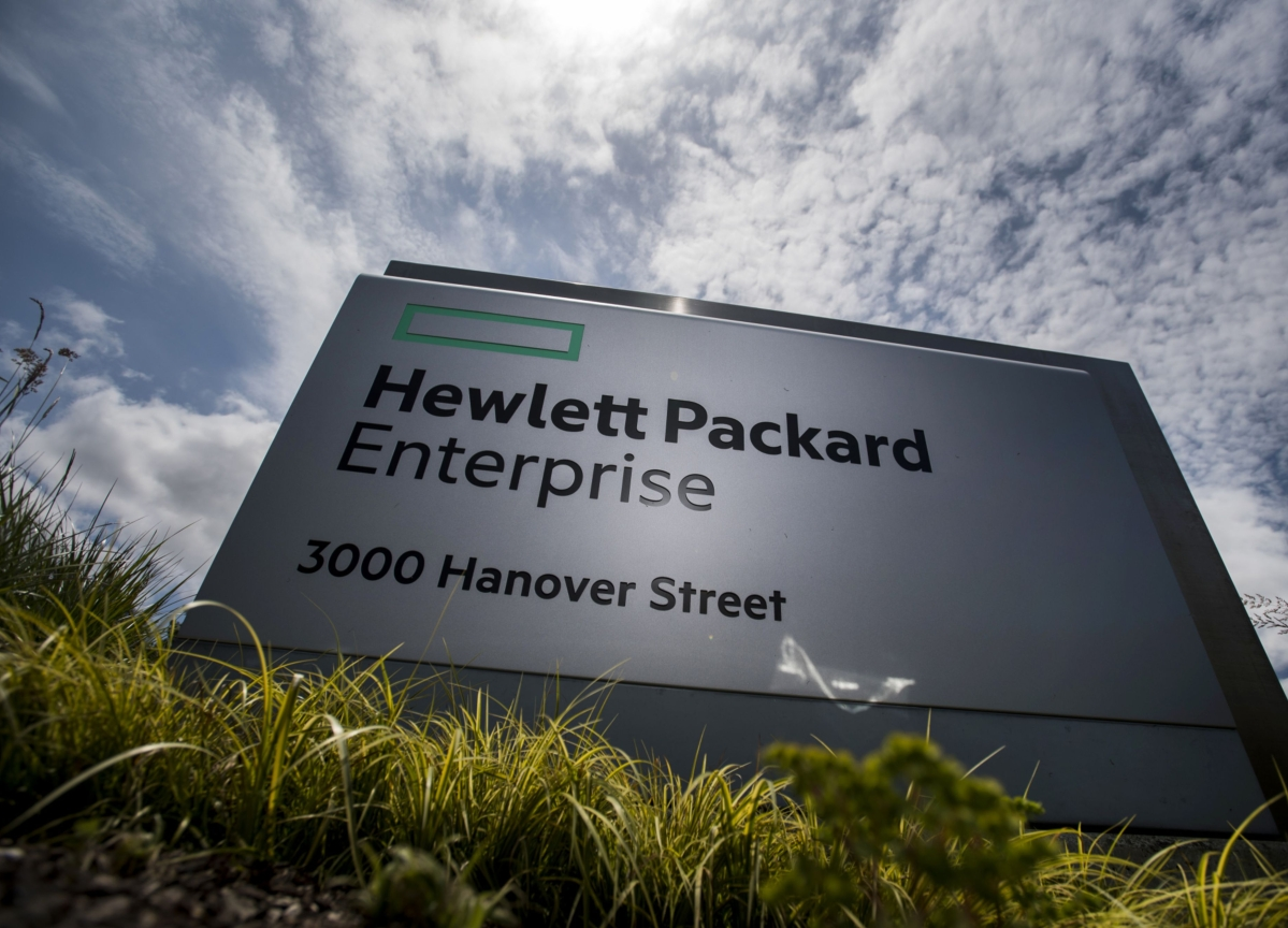HPE Reports Sales That Miss Estimates on Weak Server Demand