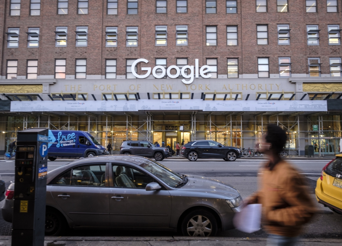 Google Tells Staff to Work From Home In North America and Europe