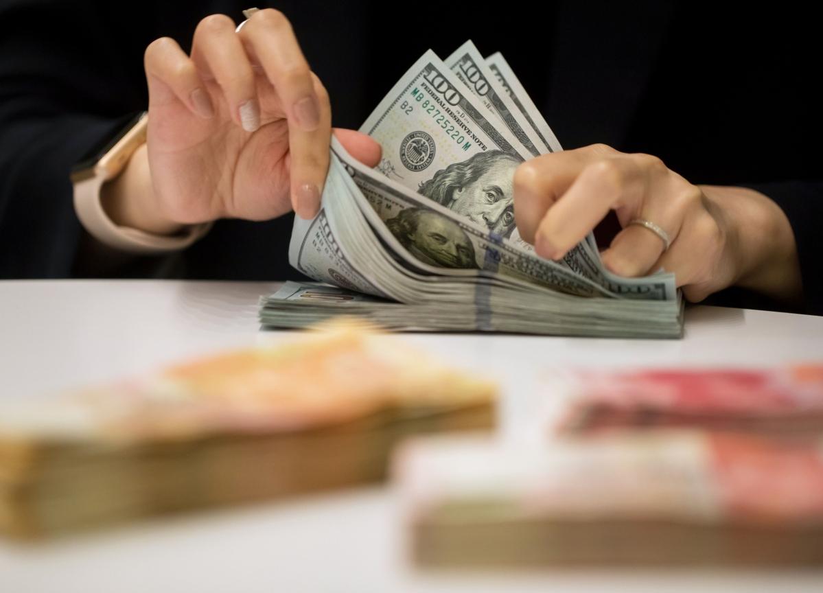 World's Richest Spend $1 Billion on 'Bargains of a Lifetime'