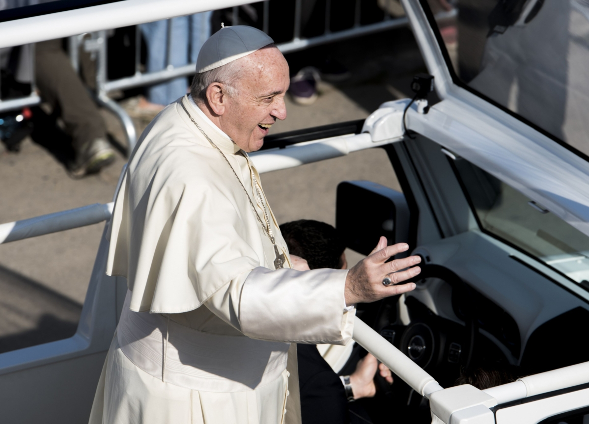 Pope Francis to Skip Weeklong Retreat Near Rome, Citing Cold